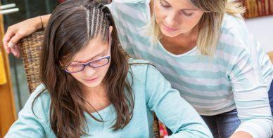 ABACUS Team Rabeler erteilt Mathe Nachchilfe zuhause beim Schüler in Elze