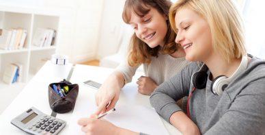 ABACUS Team Rabeler erteilt Mathe Nachchilfe zuhause beim Schüler in Fallersleben