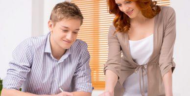 ABACUS Team Rabeler erteilt Mathe Nachchilfe zuhause beim Schüler in Lehrte