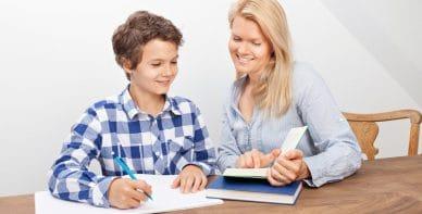 Nachhilfe zu Hause beim Schüler mit ausgewählten Nachhilfekräften